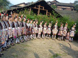 祭りの時のトン族の女性